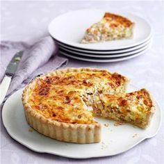 A Quiche Lorraine recipe by Mary Berry on HOUSE - design, food and travel by House & Garden. Great British Bake Off, Mary Berry Quiche Lorraine, Best Quiche Lorraine Recipe, Dairy Free Quiche Lorraine, Best Quiche Recipe Ever, Lorraine Recipes, Quiches, Easy Quiche, Yummy Quiche