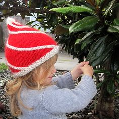 cindyLou – Knitting Pattern | j.erin Knits - dang it!  I hate patterns that aren't free, but i LOVE this hat :-)