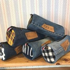 I really like Jeans ! And even more I want to sew my own personal Jeans. Next Jeans Sew Along I am going to re Artisanats Denim, Denim Purse, Mochila Jeans, Jean Diy, Next Jeans, Jean Crafts, Denim Ideas, Old Jeans, Diy Clothes