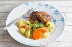 Frikadeller med snydestuvet grøntsager - og mindre fedt end hos mormor