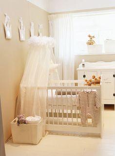 Beżowy pokój dziecka