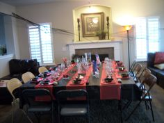Murder Mystery Dinner Party - Place Settings, table decorations