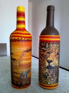 As garrafas também podem ser um lindo objeto de decoração. Peguei estas garrafas de vinho e utilizei a técnica de decoupage com guardanapo em barbante, além de usar o barbante colorido também. R$ 12,00
