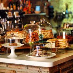 La Cacharreria- pretty inside and food looks good