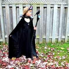 DIY - Maleficent Costume for Kids by northstory #Maleficent #Halloween