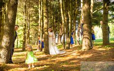 Peek-a-boo!  #wedding #forest #peekaboo #cute #weddingparty