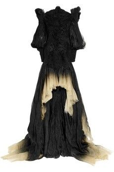 Inspired by English paganism and folklore, Alexander McQueen's ruched black and cream silk-organza off-the-shoulder gown is an exquisite fusion of fashion and couture-like craftsmanship. Sheer Long Sleeve Dress, Dress Long, Fancy Dress, Off Shoulder Long Dress, Ruched Dress, Organza Dress, Silk Organza, Silk Gown, Silk Chiffon