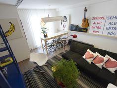 Sala de um morador daltnico reformada por Rosenbaum no 'Decora' (Foto: Felipe Costa/Divulgao GNT)