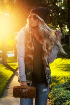 CARA LOREN   ...GirlBom app ... available on the AppStore - FREE, like, share, recommend to your friends etc. Thank you. Big Like
