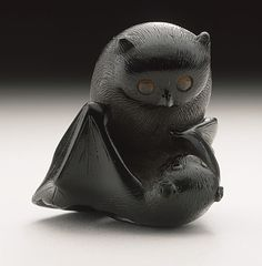 Horaku | Owl and Bat netsuke | early to mid 19th century, Japan
