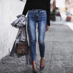 """23.9k Likes, 283 Comments - Erica Hoida • FashionedChic (@fashionedchicstyling) on Instagram: """"OOTD pretty much living in silk camisoles and mom jeans this summer. What has been your go-to look?…"""""""