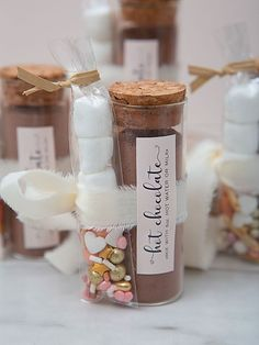 These are the most adorable hot chocolate favors ever! Chocolate Powder, Hot Chocolate Mix, Chocolate Lovers, Unique Wedding Favors, Diy Wedding, Hot Chocolate Wedding Favors, Fancy Sprinkles, Edible Gifts, Mini Marshmallows