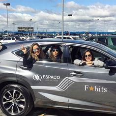 Que carona boa essa viu... Com @lalanoleto e @nicolepinheiro a bordo do Lexus NX 200T - F Sport da Espaço Motors empresa do Grupo Barigui que é a única revenda Lexus do Paraná. O carro é lindo super espaçoso e com um teto solar enorme e a Lexus ainda tem custo de revisão mais barato da categoria. TOP! #lexus #nx200 #espacolexus  @fhits @parkshoppingbarigui #FhitsFashionDay #FhitsNoPKB #FaçaSerIncrível