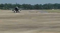 Military Jokes, Army Humor, Military Videos, Stealth Aircraft, Fighter Aircraft, Military Aircraft, Aviation Mechanic, Aviation Humor, Jet Fighter Pilot