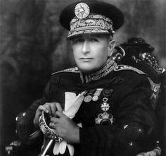 Biografia de Jorge Ubico Castañeda(Guatemala, 1878 - Nueva Orleáns, Estados Unidos, 1946) Político y militar guatemalteco que fue presidente de Guatemala entre 1931 y 1944.