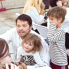 Misha being a daddy during the Gishwhes livestream