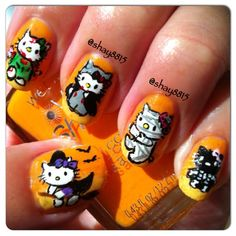 Hello Kitty 'Halloween' Nails my daughter would LOVE this!!!!