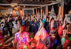 Wedding reception at Backstage in Green Bay , WI | Image by Hove Photography LLC