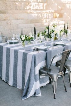 A Modern Fall Dinner Party with an Unexpected Color Palette – Wohnen Nautical Wedding Centerpieces, Wedding Decor, Wedding Linens, Wedding Blog, Dinner Party Decorations, Table Decorations, Dinner Parties, Place Settings, Table Settings