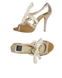 http://topcoatstore.com/islo-isabella-lorusso-women-footwear-platform-sandals-islo-isabella-lorusso-p-4866.html