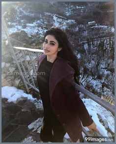 sexy mouni roy is raising the temperatures with her hotness Mouni Roy Hot and Sexy Photos, Mouni Hot Wallpapers, Mouni Sexy Posters Girls With Black Hair, Hair Color For Black Hair, Bollywood Outfits, Bollywood Fashion, Mouni Roy Dresses, Mauni Roy, Fashion Poses, Fashion Dresses, Bikini Pictures