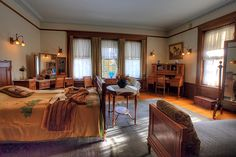Clara Congdon's bedroom, Glensheen Mansion, Duluth, Minnesota by Amanda Stadther.