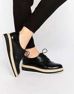 Image 1 - Pull&Bear - Chaussures Richelieu à semelle plateforme