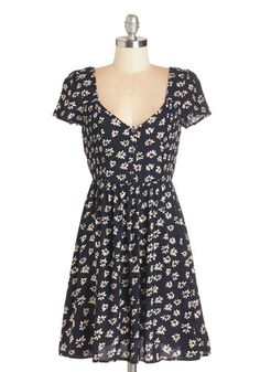 Peace of Mind Dress. With just one glance at the floral print on this navy-blue dress, your mood is lifted to harmonious heights! #gold #prom #modcloth