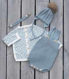 42 Trendy Ideas for baby boy diy stuff for kids Knitted Baby Clothes, Knitted Baby Blankets, Knitting For Kids, Baby Knitting Patterns, Diy Laine, Pull Bebe, Diy Bebe, Baby Sweaters, Kind Mode