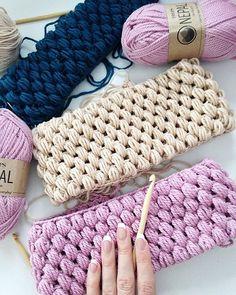 WEBSTA @ l.u.n.a.t.i.k - Я вспомнила про крючок, и меня понесло#knitting#knitting_inspiration#knitwear#knit#knithat#knitstagram#knittingaddict#knitted#knitter#knittinglove#i_loveknitting#hat#yarn#merino#wool#alpaca#hat#handmade#crochet#вязание#пряжа#меринос#альпака#крючок#шапка#рукоделие#ручнаяработа#хендмейд#варежки#снуд#