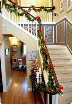 Festive Christmas Banister Decorations Ideas All About Christmas Hi Here we have great photo about banister garland. Christmas Stairs Decorations, Christmas Staircase, Xmas Stairs, Winter Christmas, All Things Christmas, Christmas Home, Christmas Ideas, Stair Decor, Decorating Stairs