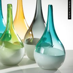 Showcase a splash of vibrant color in any room with these artistic teardrop vases.  ‪#‎TorreAndTagus‬ ‪#‎GlassVases‬ ‪#‎TeardropVases‬ ‪#‎ColourYourHome‬ ‪#‎HomeDecor‬ www.torretagus.com