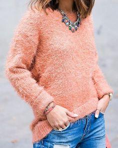 Sweater peludo  #musthave  Veni a buscar el tuyo  HOY ✌SABADO DE 17 A 19 HS Te esperamos  #saturday #sabado #siguetusueño #ramosmejia #fashion #sweater #winter #fw16 #photooftheday #streetstyle