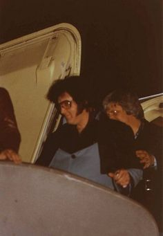 Departing the Lisa Marie and heading to his hotel shortly after midnight in Charlotte, NC on February 20, 1977