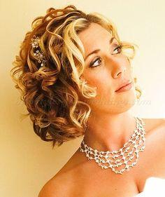 full curls short hair for wedding3