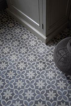 Tegels interieur Castelo portugese cement tegels  - uw-vloer.nl #tegelvloer #interieur