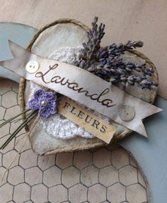 Italian lavender:Lavanda fleurs(Flowers of Lavender) Lavender Cottage, French Lavender, Lavender Blue, Lavender Fields, Lavender Flowers, Lavender Scent, Diy And Crafts, Arts And Crafts, Paper Crafts