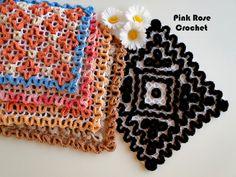 Eu estou ficando repetitiva, porque estou amando fazer estes Quadrados com Ponto Ondulado ou Wiggly. Para usar na cozinha, . Crochet Diy, Crochet Home, Crochet Motif, Crochet Stitches, Wiggly Crochet Patterns, Black White, Pot Holders, Crochet Earrings, Rose