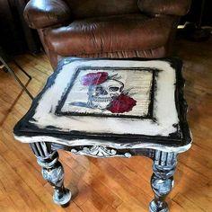 Skull end table