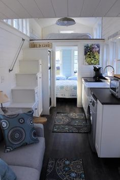 "The Bright and Airy ""Seagrass Cottage"" Tiny House on Wheels Tiny House Movement // Tiny Living // Tiny House on Wheels // Tiny House Living Room // Tiny Home Kitchen // Tiny Home // Architecture // Home Decor Tiny House Cabin, Tiny House Living, Tiny House Plans, Tiny House On Wheels, Small Living, Cottage House, Tiny Beach House, Tiny House With Loft, Tiny House Kitchens"