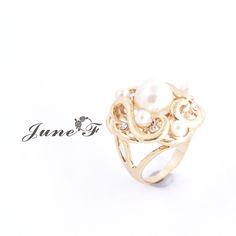 Encontre mais Anéis Informações sobre 2016 New Arrivals 14 K banhado a ouro anel branco simulados pérolas em forma de rosa Pure & Fresh para Bijoux Femme como presente de aniversário, de alta qualidade Anéis de June Flower em Aliexpress.com