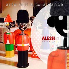 """""""Alessandro Mendini"""" Un muy divertido destapa corchos, soldado de la guardia Inglesa. #alessimexico #arte #diseño #bar"""