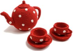 Crochet tea set by Anne-Claire Petit