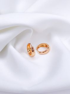 stylish jewelry accessories fashionable accessories earrings present gift for her a gift for mom stylish gift fashion jewelry gold jewelry Rose Gold Silver Hoop Earring Set 18k Gold Earrings, Silver Hoop Earrings, Gold Jewelry, Jewelry Accessories, Unique Gifts For Her, Gifts For Mom, Stylish Jewelry, Fashion Jewelry, Silver Hoops