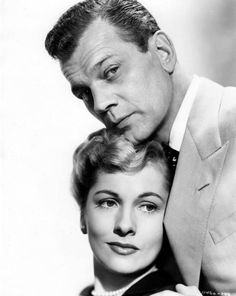Joan Fontaine and Joseph Cotton