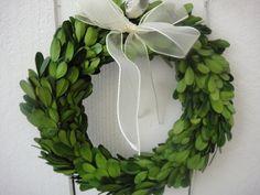Decoration Buffet, St Patrick's Day Decorations, Wedding Decorations, Preserved Boxwood, Indoor Wreath, Boxwood Wreath, Grapevine Wreath, St Patricks Day, Saint Patricks