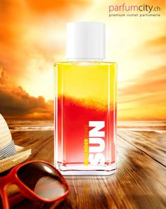 Die Neuheit des Jahres 2016 Jil Sander Sun Shake wurde von Sommertagen, Sonnenstrahlen und guter Laune inspiriert.