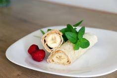 Wrap s banánom a arašidovým maslom Stevia, Smoothie, Good Food, Pizza, Menu, Vegan, Ethnic Recipes, Fitness, Desserts