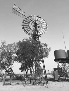 Old windmill at Fort Grey homestead, Sturt National Park, NSW. Outback Australia, Queensland Australia, Western Australia, Nature Photography Tips, Ocean Photography, South Wales, Old Windmills, Camping, Amazing Nature