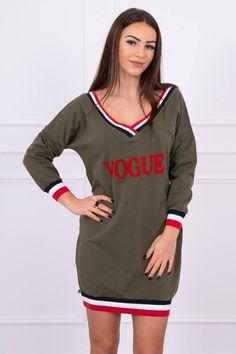 Moderné šaty Vogue v kaki farbe Vogue, Modern, Sport, Sweatshirts, Sweaters, Fashion, Color Khaki, Colors, Moda